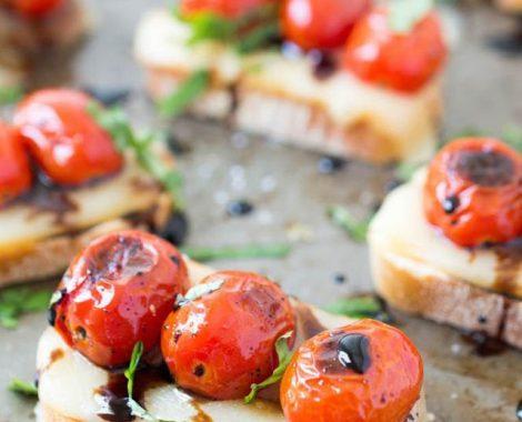 tomatoCrostini